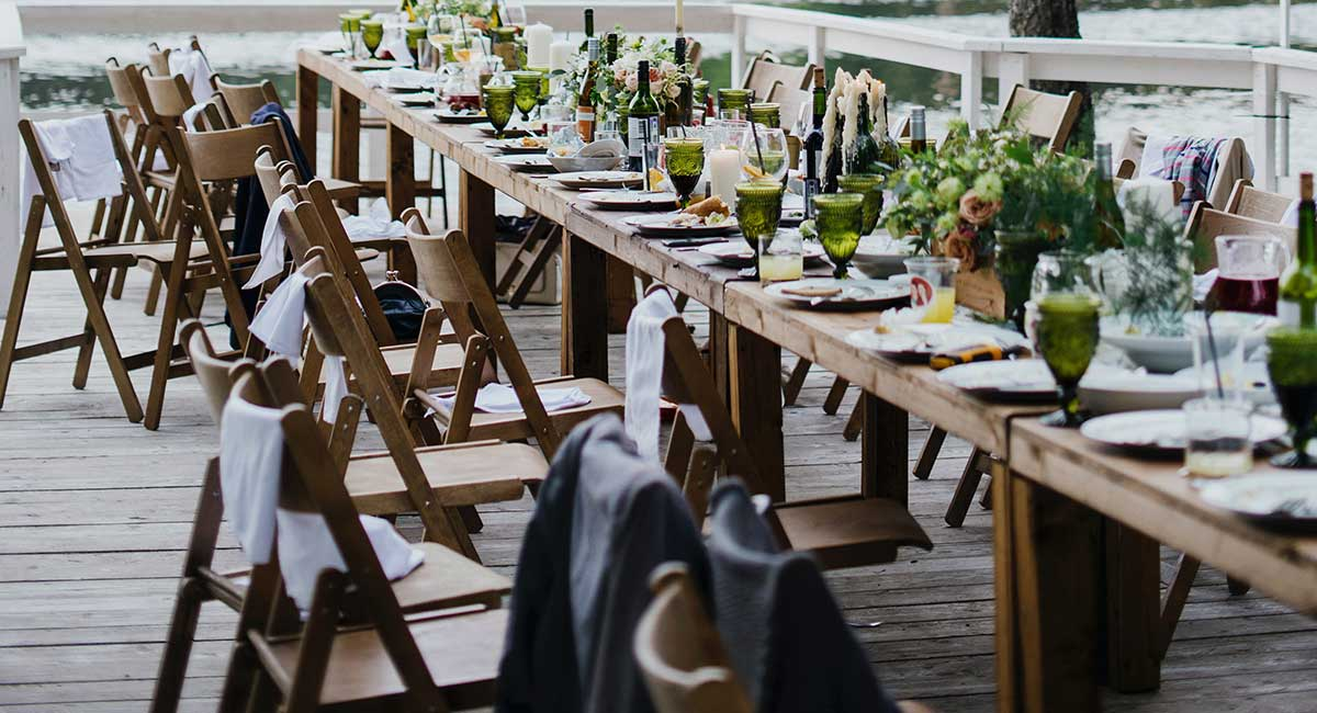 Planning a Backyard Wedding - 2020 guide