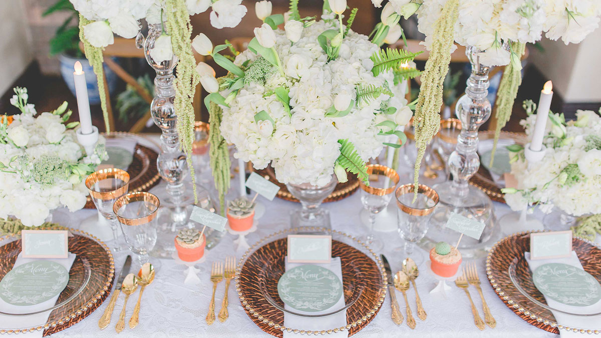 Rustic Glam guide for you micro intimate backyard or indoor wedding