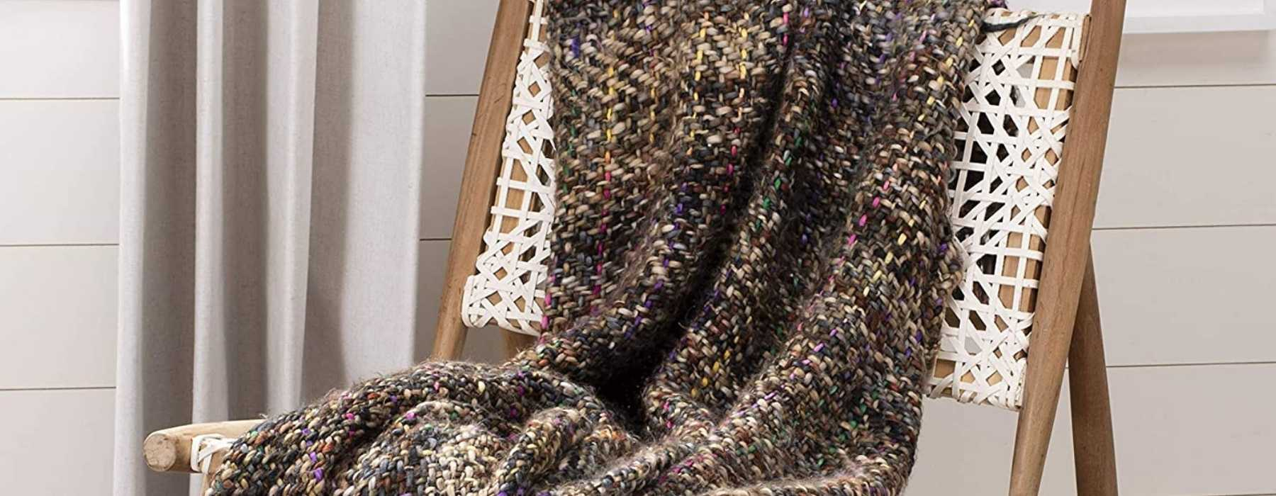 Outdoor Fall Wedding Essentials - cozy blankets