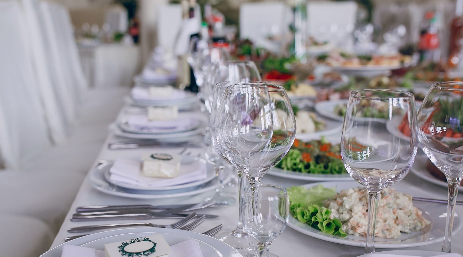 creative buffet - Creative ways to save money on your wedding: Top 20