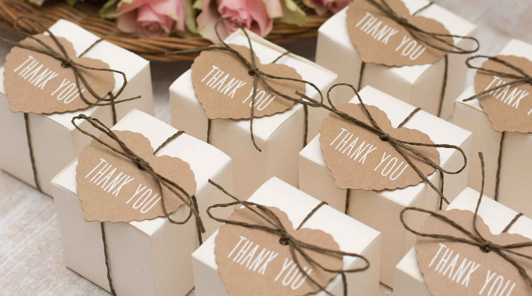 gift bar - Creative ways to save money on your wedding: Top 20