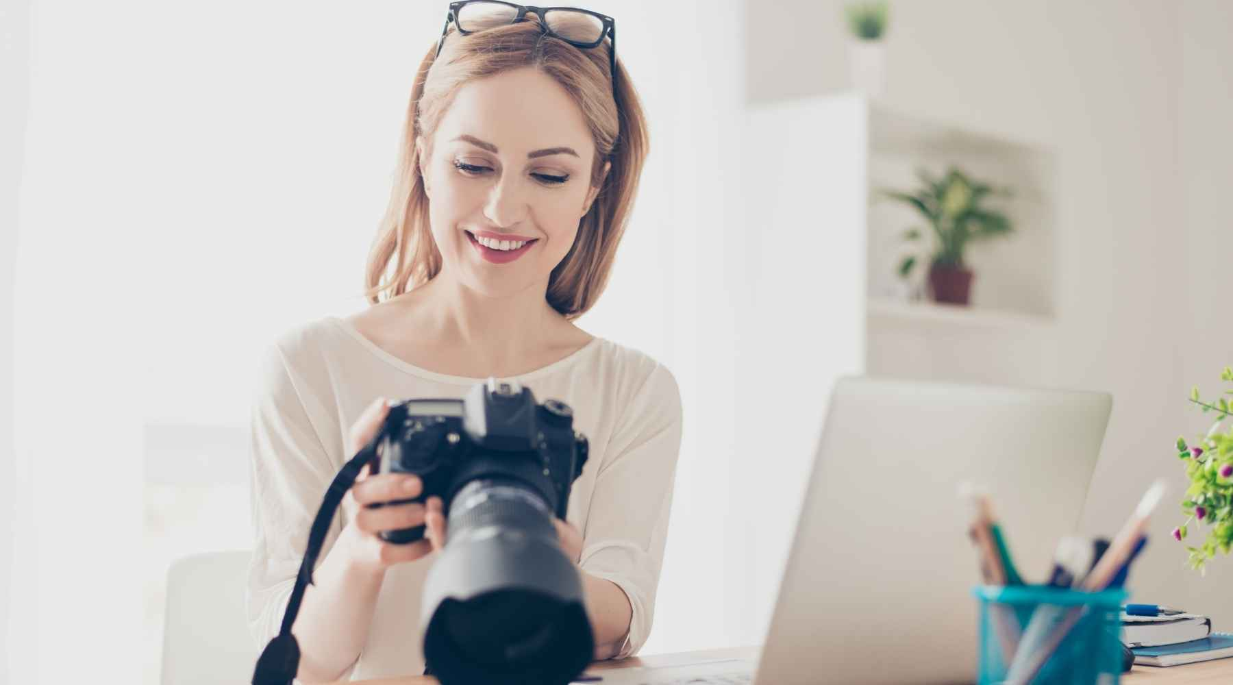 photographer - Creative ways to save money on your wedding: Top 20