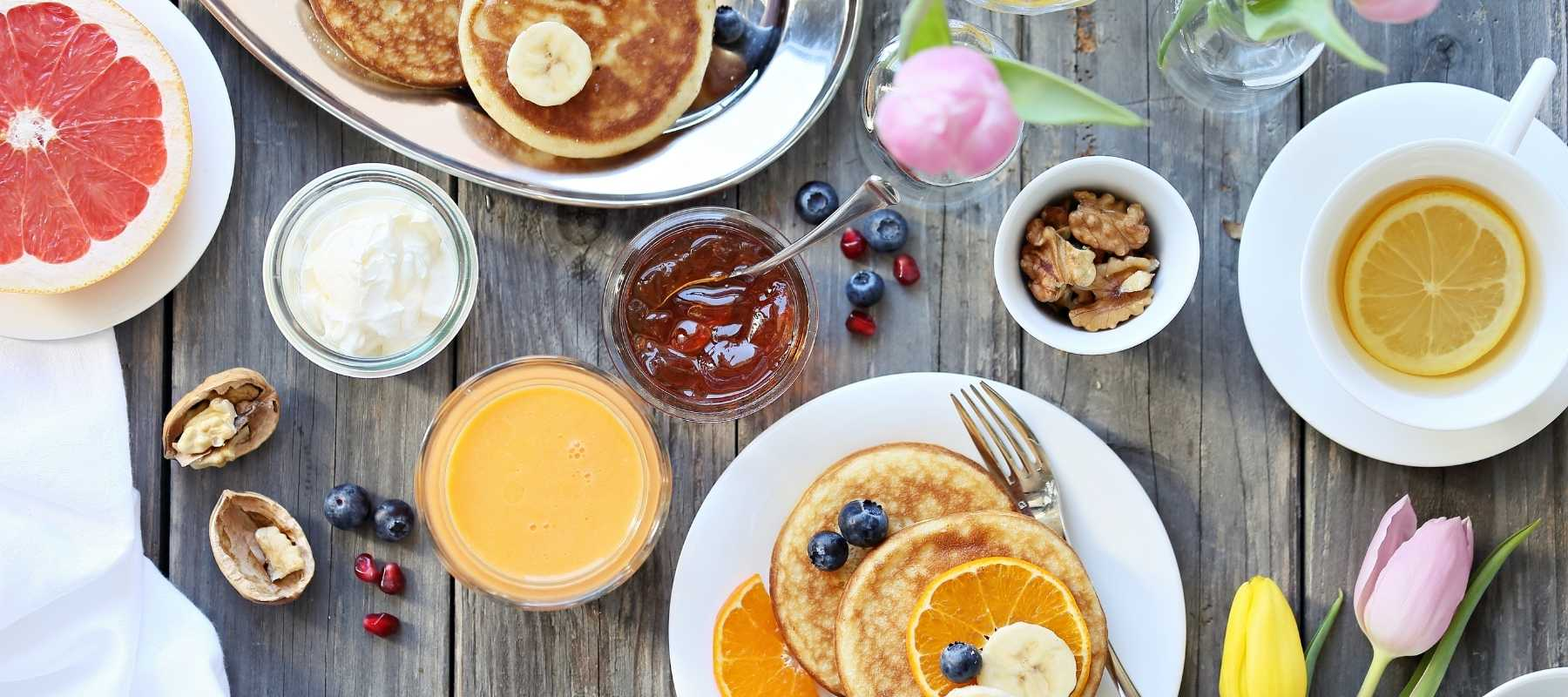 food choices - diy brunch wedding how to guide