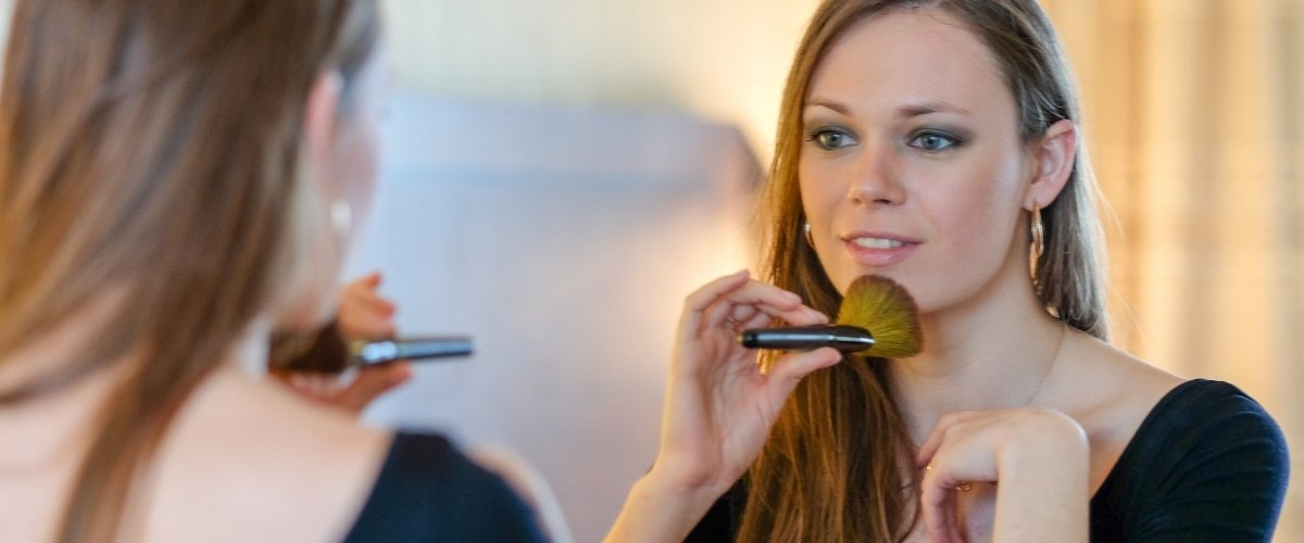 Why you Need to Book These Wedding Vendors - hair make up artist