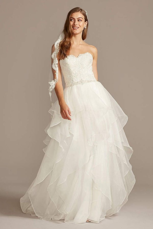 5. Lace and Organza Wedding Ball Gown with Beading - Ballgown style bridal dresses under $800: Top 10 from David's Bridal