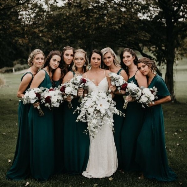 Easy Wedding Color Combos: Top 14 - emerald green