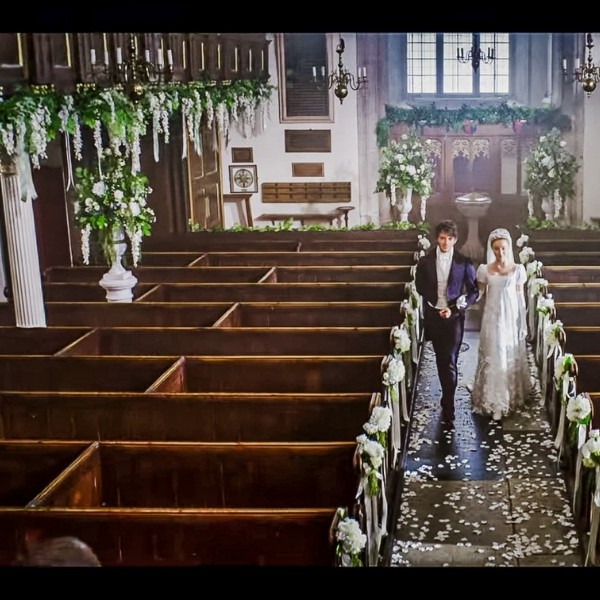 Bridgerton Inspired Wedding Style - wedding scene
