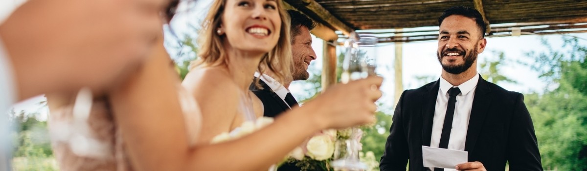 How to Write a Wedding Toast or Speech for the Newlyweds