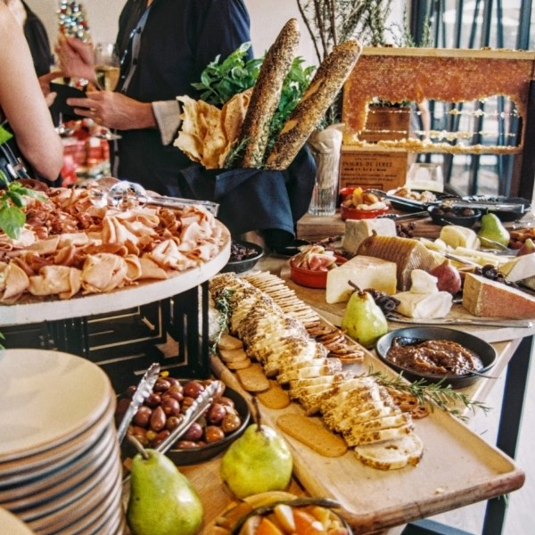 Is buffet tacky for a wedding - appetizer table