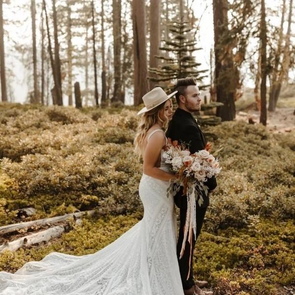 Wedding Elopement Ideas + Locations