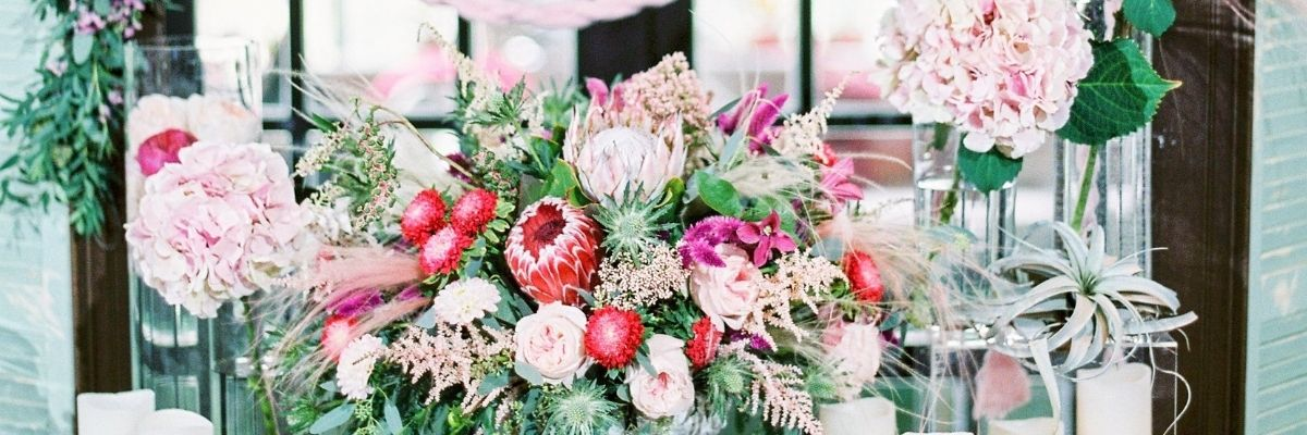 Why Wedding Flowers are Expensive - tips
