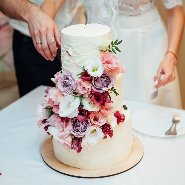 What can I DIY at my wedding that will not stress me out?