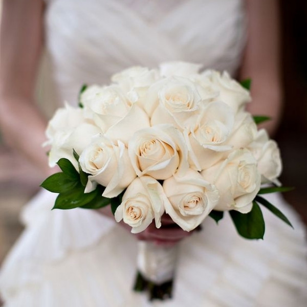 Affordable Wedding Bouquet Designs - roses and greenery