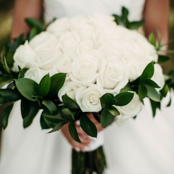 Affordable Wedding Bouquet Designs - roses