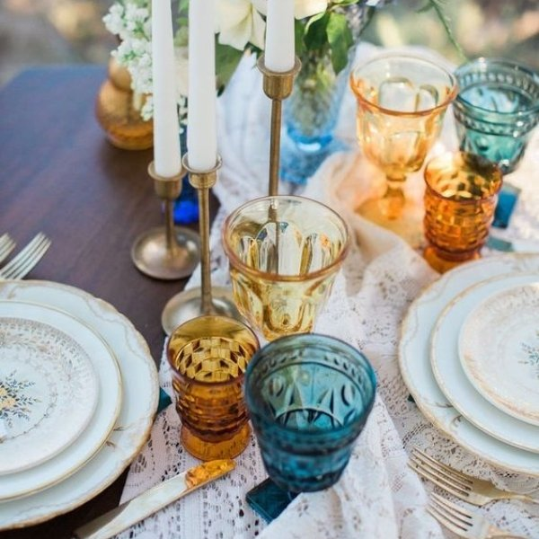 Easy Ways To Elevate Your Wedding Tablescape - colored goblets