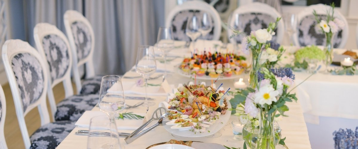 top wedding planner - don't use up all your budget