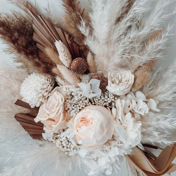 Affordable Wedding Bouquet Designs - dried preserved wedding flowers