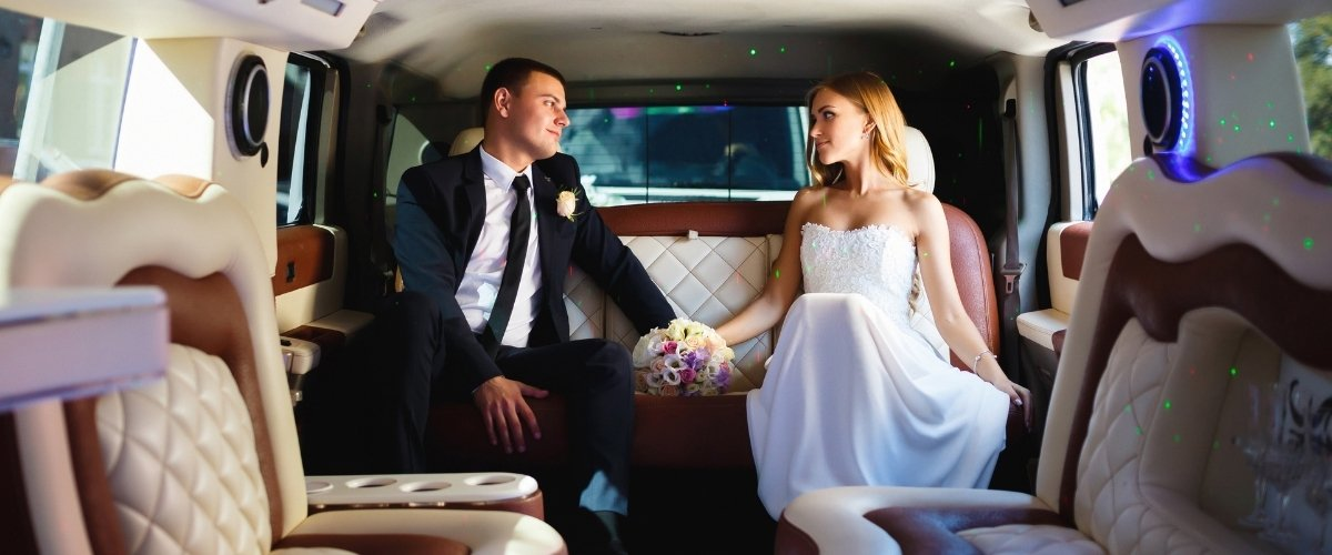 Why you Need to Book These Wedding Vendors. -limo