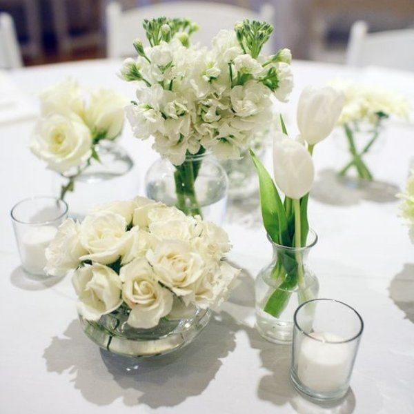 Easy Ways To Elevate Your Wedding Tablescape - mix and match centerpiece